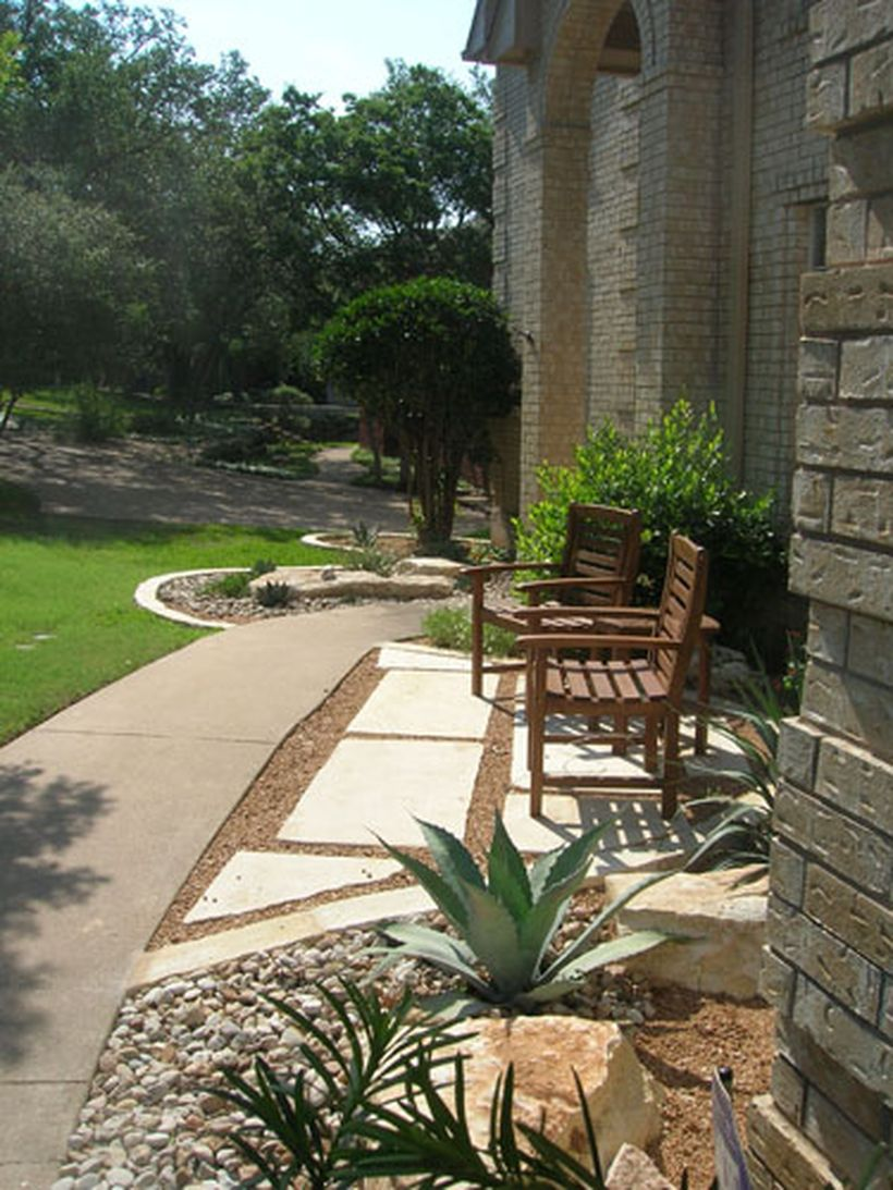 Texas Style Front Yard Landscaping Ideas 12 - Hoommy.com