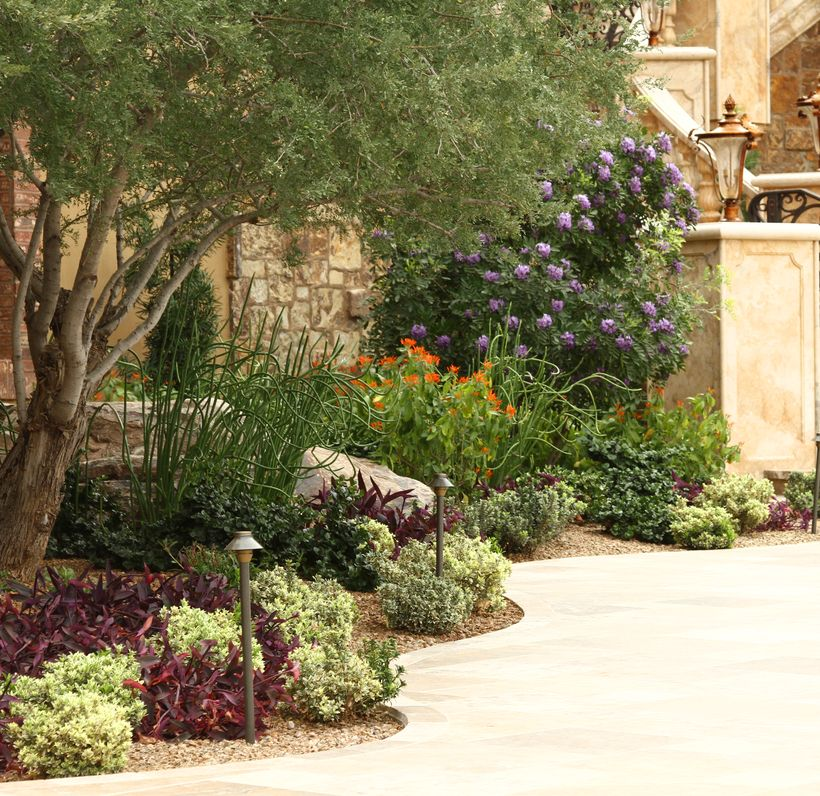 Texas Style Front Yard Landscaping Ideas 43 - Hoommy.com