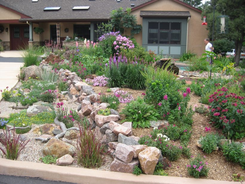 Texas Style Front Yard Landscaping Ideas 45 - Hoommy.com