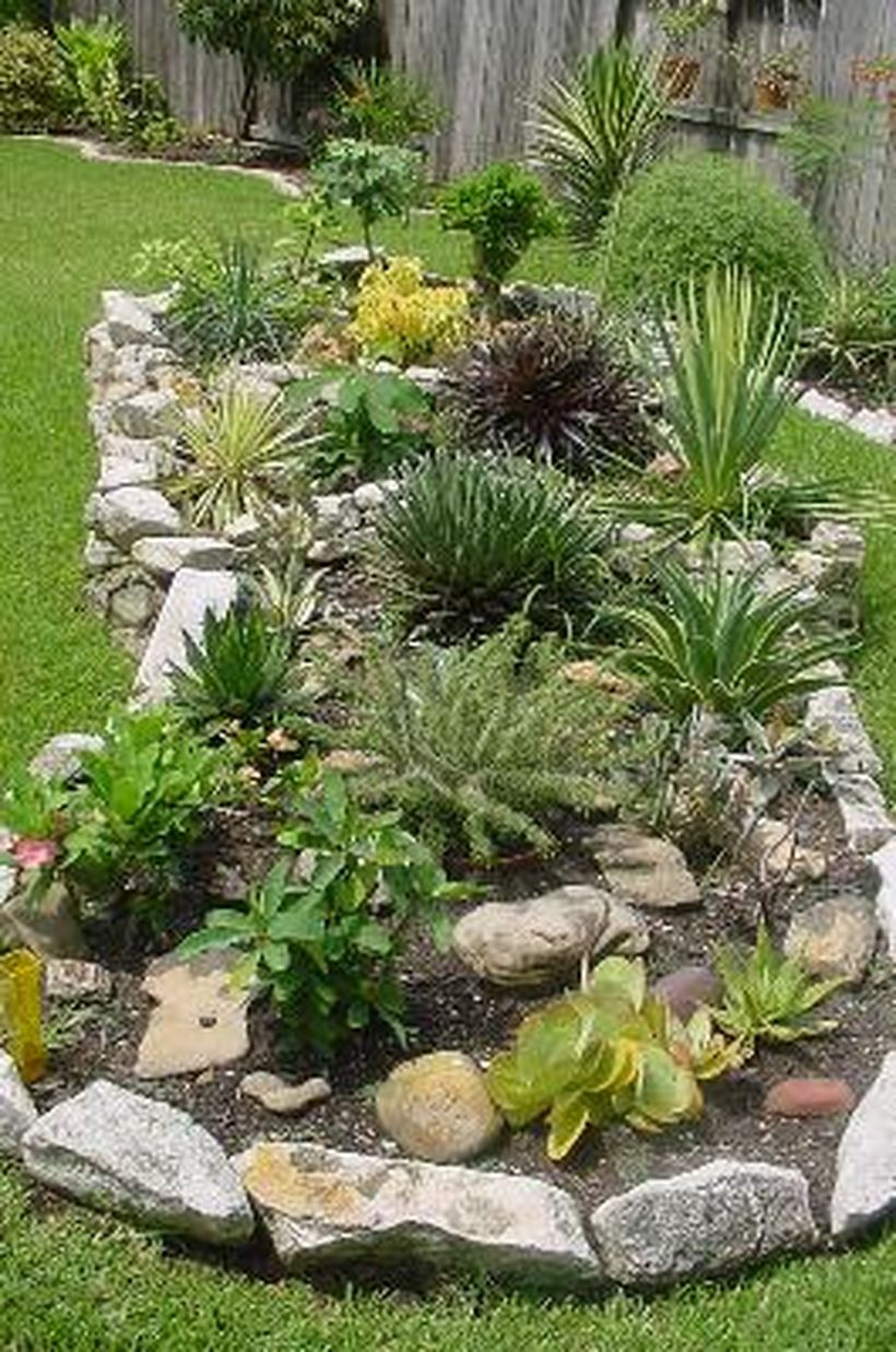 Texas Style Front Yard Landscaping Ideas 7 - Hoommy.com