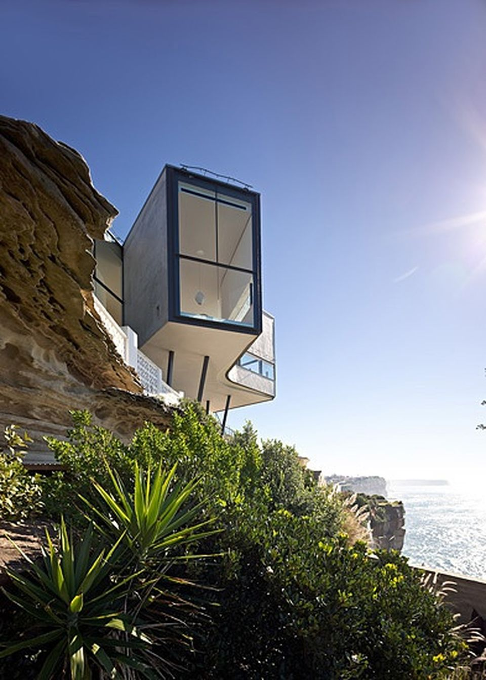 Cliff House Architecture Design And Concept 13 Hoommy Com