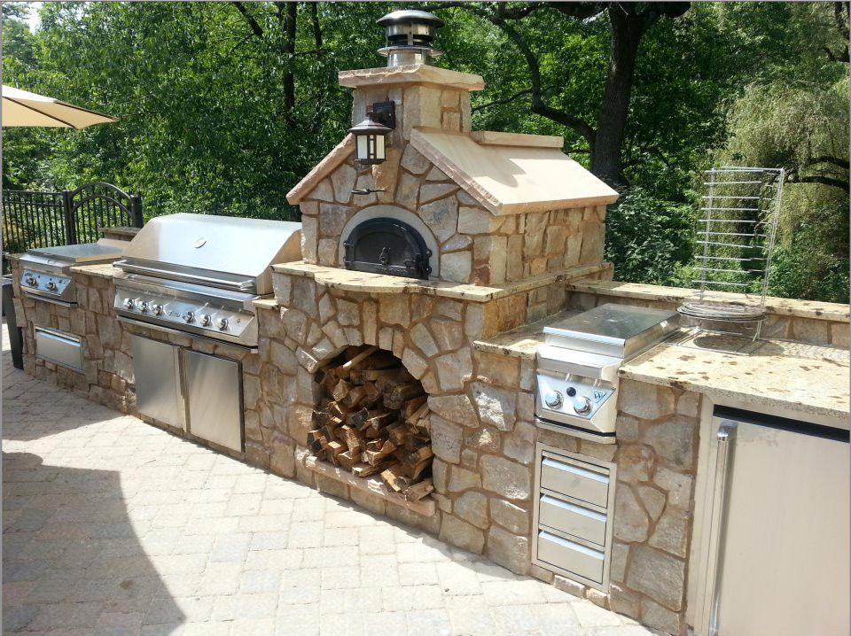 Awesome Yard and Outdoor Kitchen Design Ideas 33 - Hoommy.com on outdoor entertainment designs and ideas, kitchen cabinets and ideas, kitchen plans and ideas, kitchen backsplash designs and ideas, summer kitchen designs and ideas,
