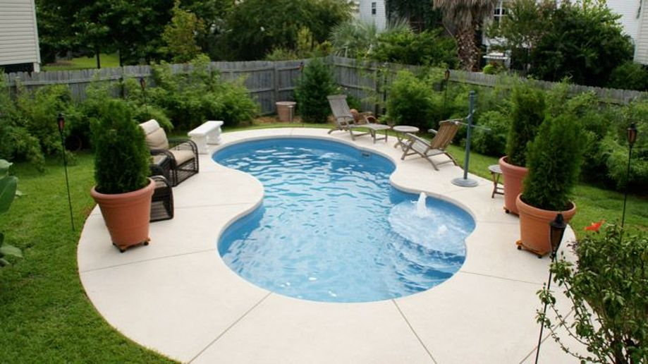 Awesome Small Pool Design for Home Backyard 35 - Hoommy.com