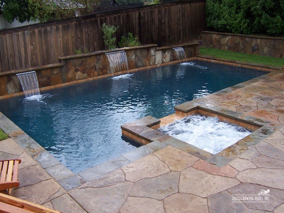 Awesome Small Pool Design for Home Backyard 47 - Hoommy.com