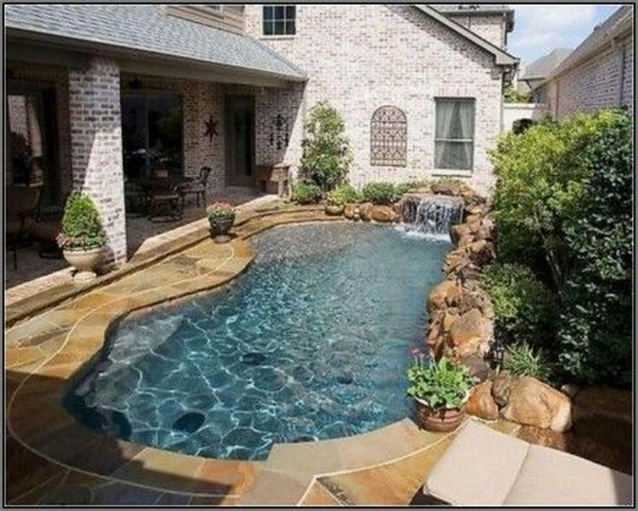 Awesome Small Pool Design for Home Backyard 55 - Hoommy.com