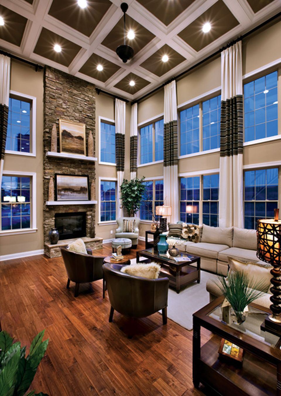 Cool Sunken Living Room Ideas For Your Dreamed House: Awesome Tall Curtains Ideas For Living Room 31