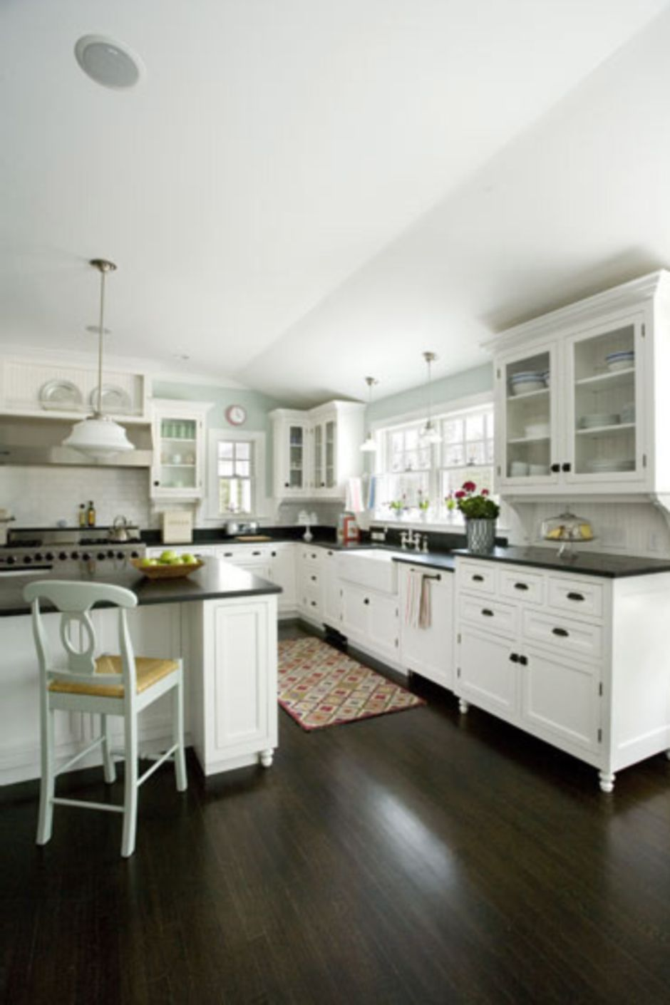 Elegant Kitchen Light Cabinets with Dark Countertops 15 ...