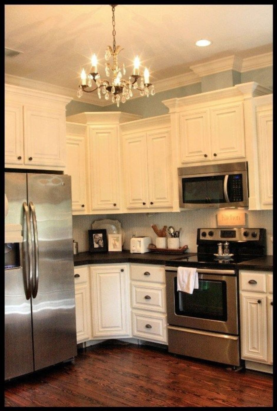 Elegant Kitchen Light Cabinets with Dark Countertops 48 ...