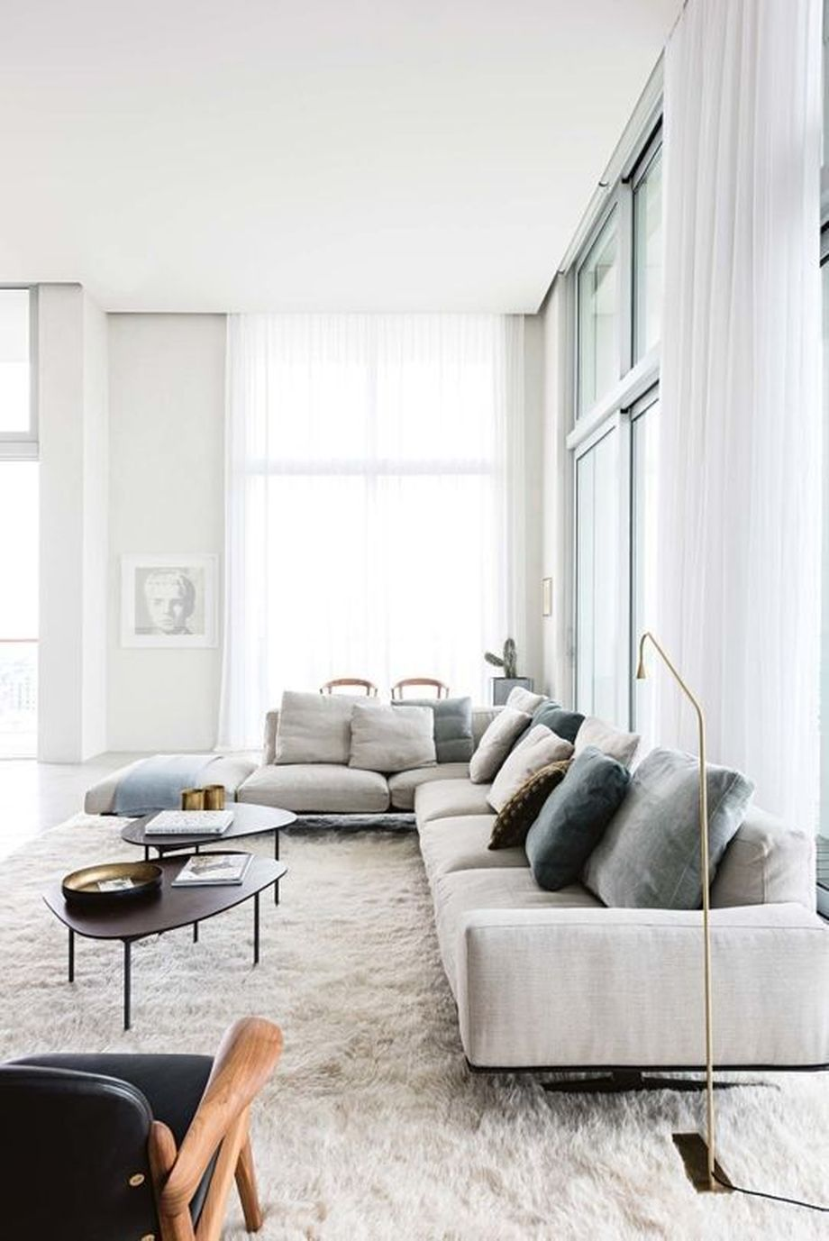 50 Magnificent Luxury Living Room Designs 42 - Hoommy.com