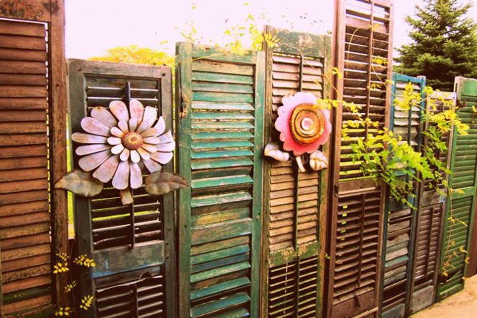 Cool Privacy Fence Wooden Design for Backyard 45 - Hoommy.com