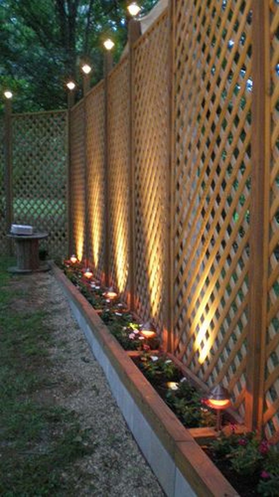 Cool Privacy Fence Wooden Design for Backyard 48 - Hoommy.com