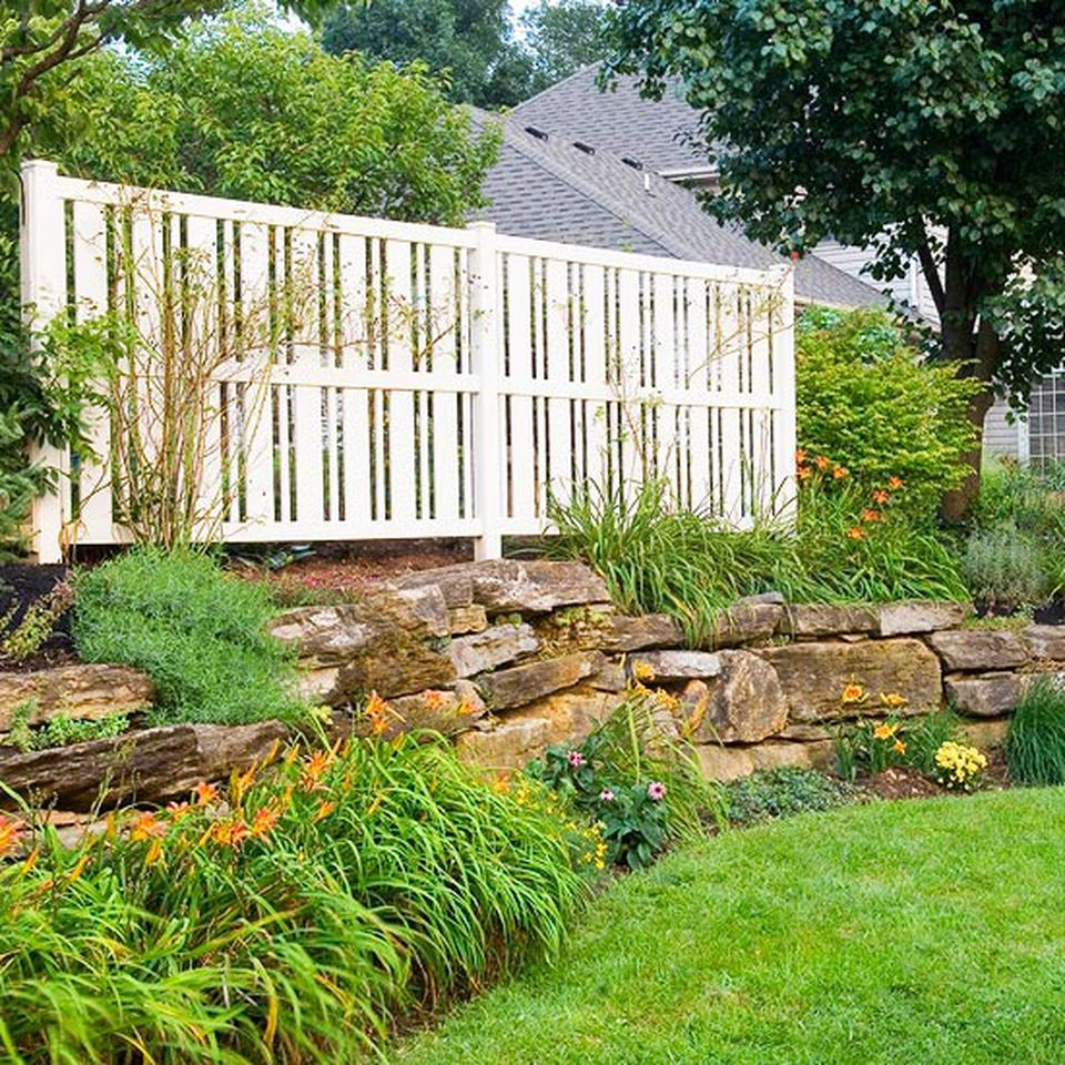 Cool Backyard Pools: Cool Privacy Fence Wooden Design For Backyard 54