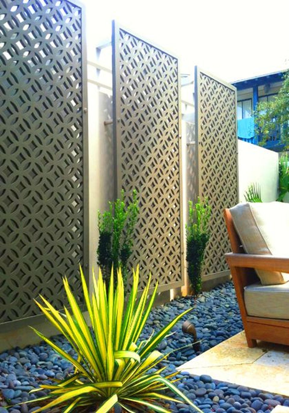 Cool Privacy Fence Wooden Design for Backyard 60 - Hoommy.com