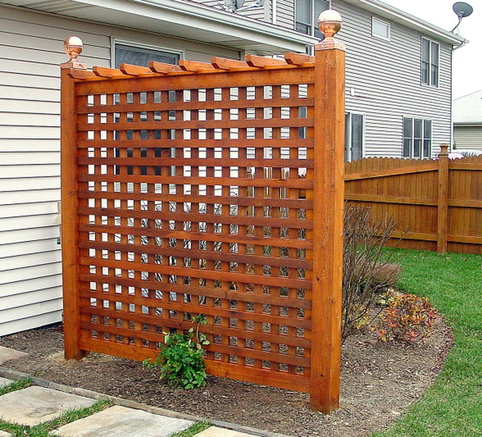 Cool Privacy Fence Wooden Design for Backyard 69 - Hoommy.com