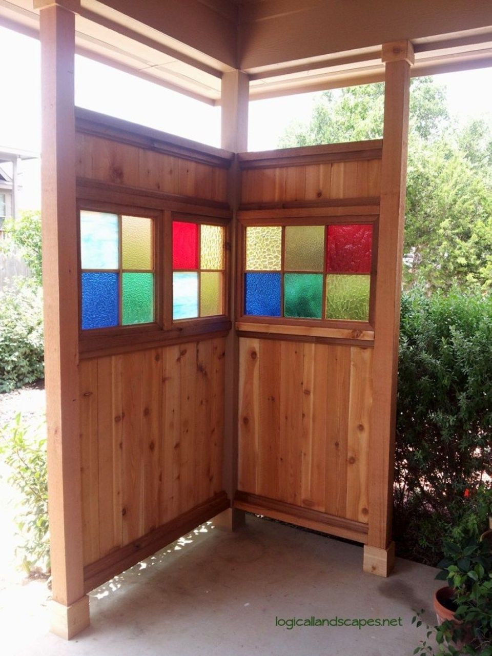 Cool Privacy Fence Wooden Design for Backyard 77 - Hoommy.com