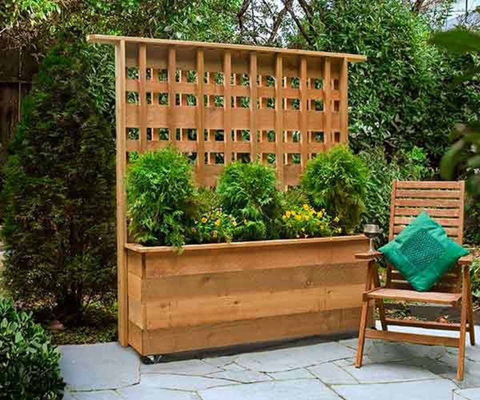 Cool Privacy Fence Wooden Design for Backyard 84 - Hoommy.com